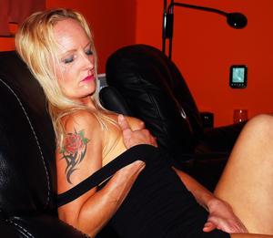 Amateur-Hot-Pics-Set-101-MILF-Slut-Sophie-Young-%28x324%29-d7bmpe44zs.jpg